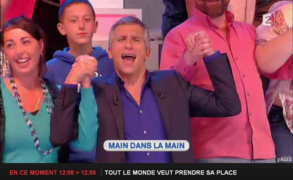 Nagui fait chanter la Marseillaise dans 'Tout le monde veut prendre sa Place'