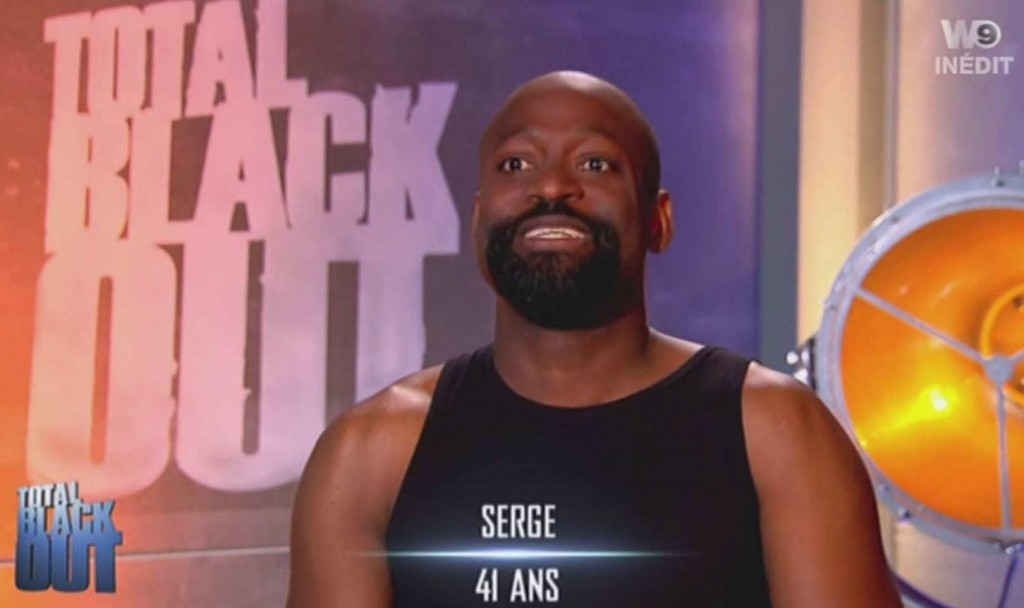 The Serge de Total Black Out